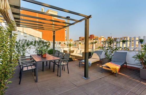 Precioso piso con terraza en el Poble Nou de Barcelona