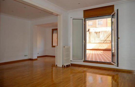 Principal con 40 m2 de terraza en Sant Gervasi