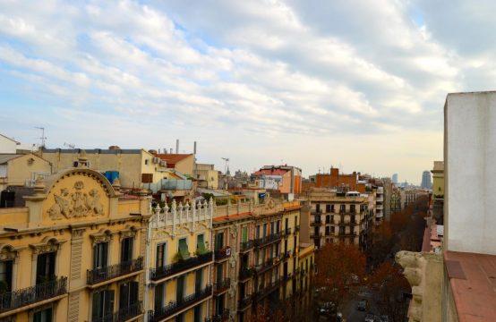 Atico con terraza en centro ciudad
