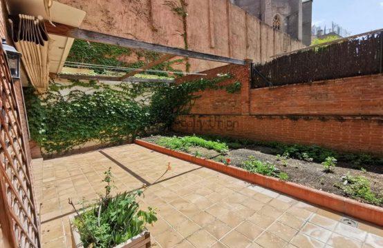 Duplex en Sarria con Terraza