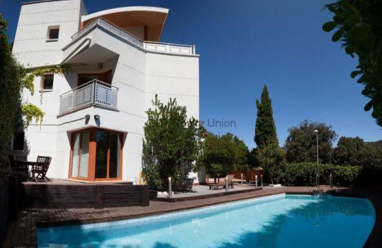 Casa con piscina Vallvidrera