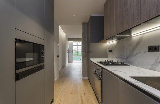Preciosa vivienda reformada con calidades en Pedralbes