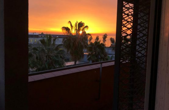 Piso alto vista mar Barceloneta